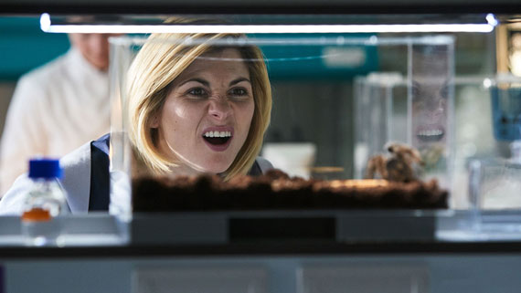Series 11 - Page 6 Arachnids-In-The-UK-promo-pics-a-7