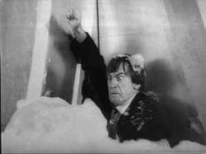Doctor_Who-The_Seeds_of_Death troughton