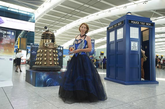 doctor-who-heathrow-airport-2013-(4)