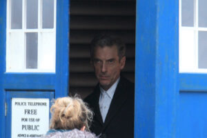doctor-who-series-8-filming-capaldi-clara-tardis-queen-street