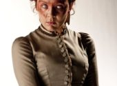 doctor-who-the-crimson-horror-promo-pics-(20)