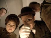 doctor-who-the-crimson-horror-promo-pics-(5)