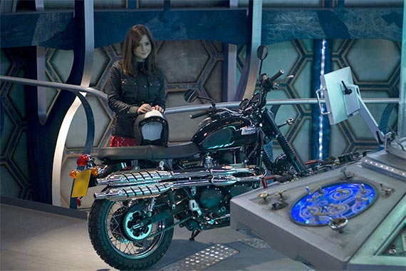 jenna-coleman-clara-tardis-bike-50th-day