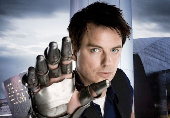 DWM #505: Barrowman Talks Torchwood at Ten | Doctor Who TV
