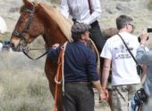 matt-smith-series-7-filming-cowboy-(2)